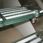 frit laminate glass stair tread1 (1)